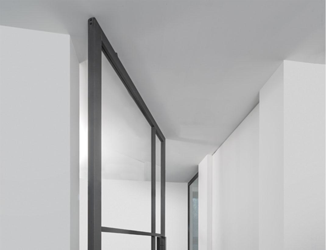 """Pivot Doors Model """"SVING"""" Glass"""
